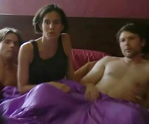 Տաք հունգարական տաք տնային սեքս տեսանյութեր աղջիկ dwarf երեխան նրան հրում stroking