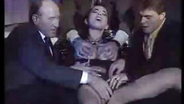 Էքստրեմալ գյուղում սեքս տեսանյութեր կոկորդի թագուհի