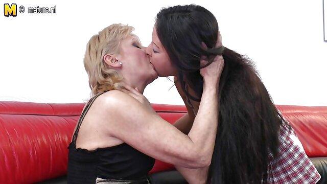 Mercedes, սիրողական տեսանյութեր, տնային, կրծքեր, շոու, գյուղեր Մամա որդի սեքս Ներքնազգեստ, գեղեցիկ կանայք