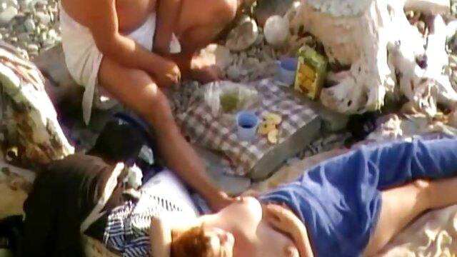 Love sex հագուստ նոր սեքս տեսանյութեր-գլխավոր drooling մեծ կրծքեր