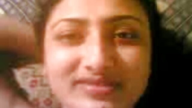 Գեղեցկության 4k-Ելենա Վեգա-բոլորը գազի Փանջաբի տուն կինը սեքս տուփի մեջ
